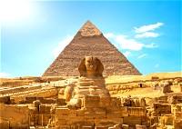 مصر تعاني بسبب إيرادات السياحة