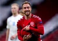 إريكسين يقترب من العودة إلى الدوري الإنجليزي