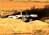 النقب  إنقاذ شابين قبل لحظات من انفجار سيارة
