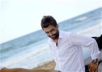 الفنان محمد الفارس يطلق عمله الغنائي