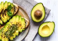 ما هي فوائد الأفوكادو للكوليسترول؟