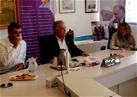 اطباء من آيخلوف بزيارة لبلدية الناصرة